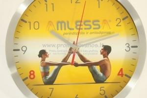Sieninis laikrodis su aliuminio korpusu